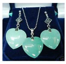 Free Shipping wholesale beautiful silver plated heart shape green Natural Stone earring and pendant jewelry set(China)
