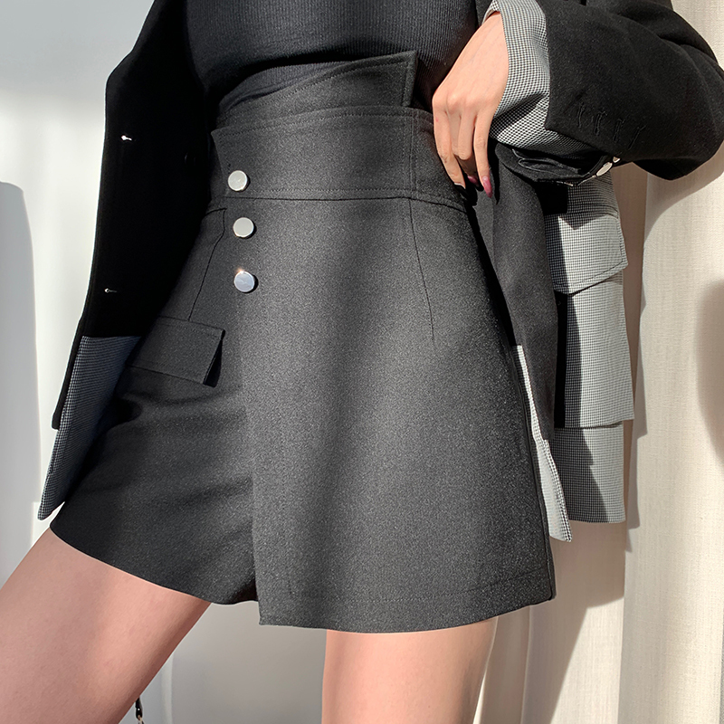 LANMREM 2020 Spring New Black Irregular Skirts Shorts For Women High Waist Shorts Female Fashion Wide Leg Shorts PC400