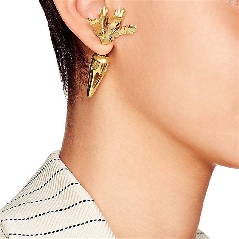 2019 fashion 3D hollow carrot front and back gold earrings for women fun
