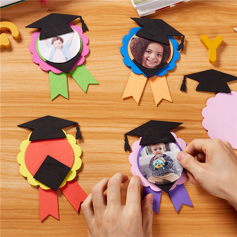 Kindergarten Graduation Gifts Children's Handmade Diy Creative Graduation Award Medal Medals Homemade Materials Children Crafts