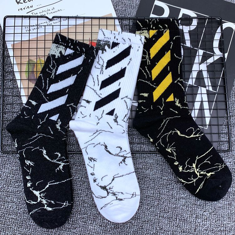 Hip-hop Style Men And Women Sports Comfortable Striped Socks Summer Pure Cotton Long Tube Couple Breathable Socks