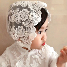 цена на Princess Darling 0-1-year-old hat, Lace Lace, hand-made Pearl inlay, bow and breathable lace baby fedora, photo cap