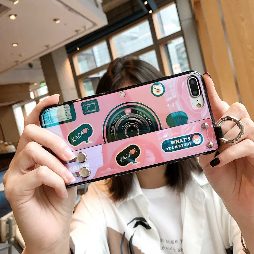 Luxury กล้องสายรัดข้อมือสำหรับ iPhone 11 XR XS กรณีซิลิโคนสำหรับ iPhone 11 PRO MAX 7 8 6 S PLUS ผู้ถือสายคล้องคอ