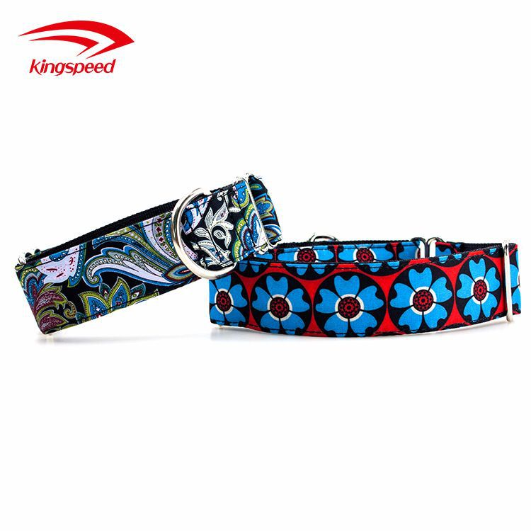 Pet Exquisite Thermal Transfer Flower Neck Ring Pet Smart Neck Ring Automatic Contraction Dog Christmas Decorative Pattern Neck