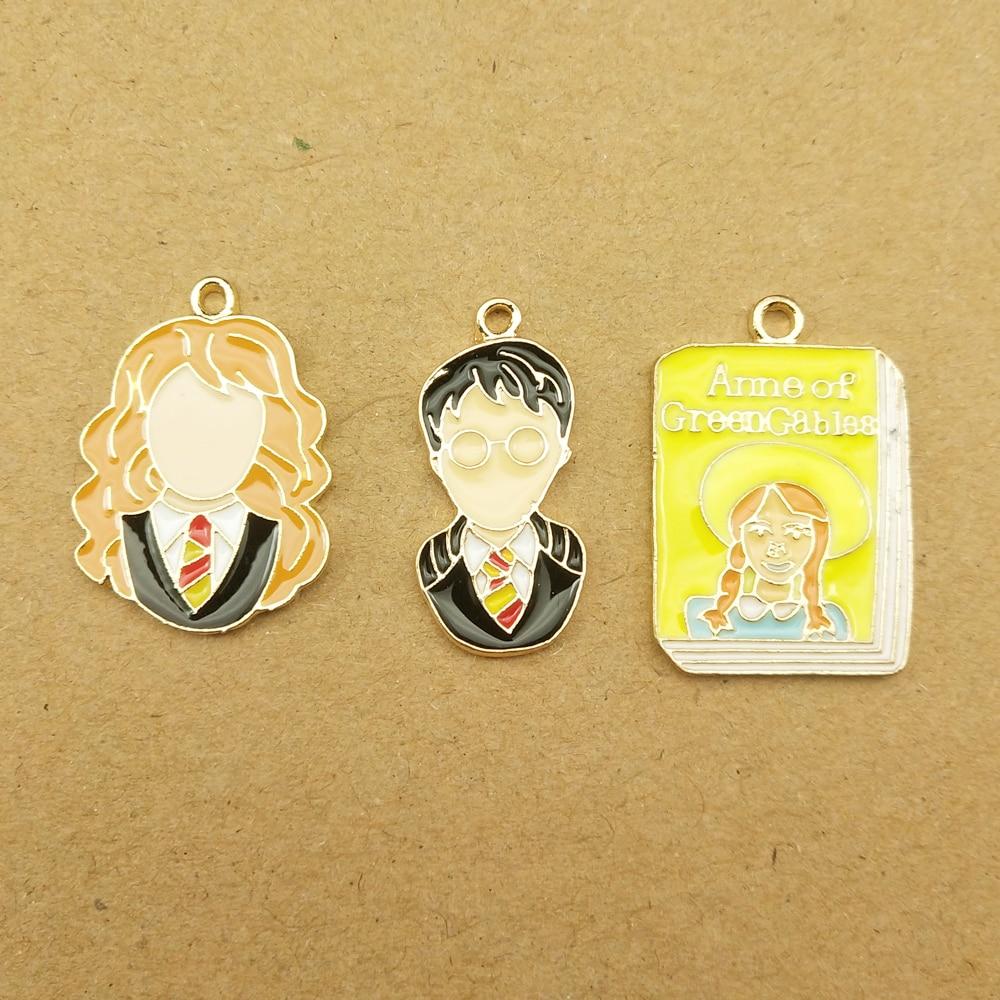 5 x Tibetan Silver Knitting Queen Crown Love Heart Charm Pendant Jewellry Making