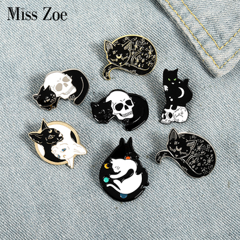 Mystical Witch Cat Enamel Pin Moon and Stars Cat Badge Brooch Lapel Pins Denim Jeans Shirt Bag Punk Jewelry Gift for friends 1