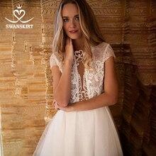 Peri aplikler dantel düğün elbisesi Swanskirt HZ45 parlak boncuklu Illusion A Line düğmesi gelin kıyafeti özelleştirilmiş Vestido de novia