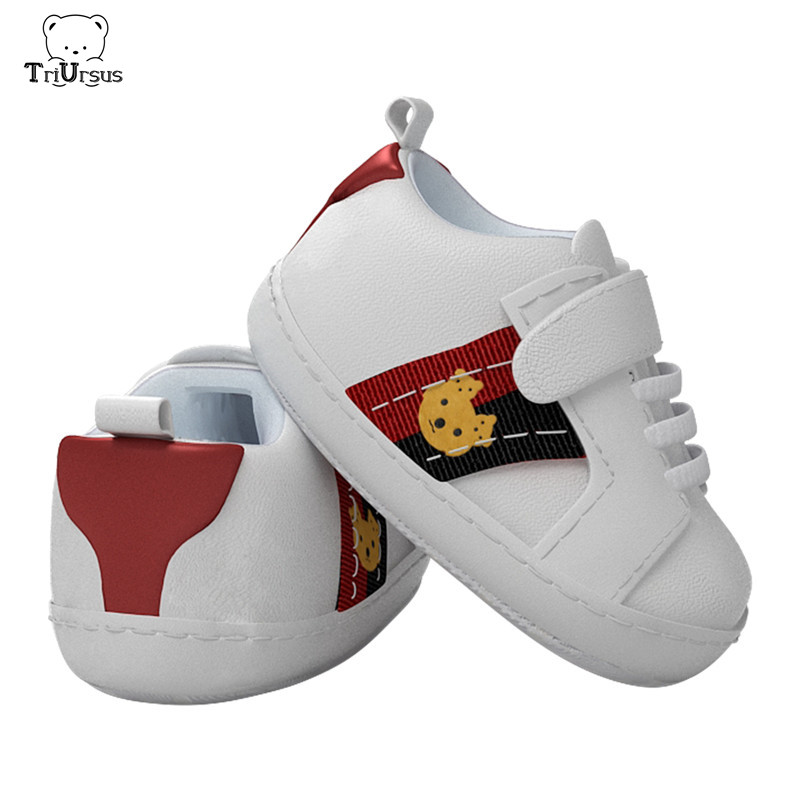Triursus New Designer PU Leather Baby Boys Girls Shoes White Newborn Toddler Infant First Walkers Bears Soft Sole Baby Sneakers
