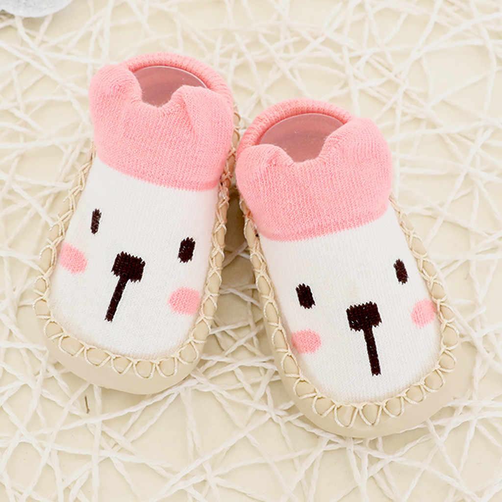 Calcetines de bebé de invierno dibujos animados recién nacidos niñas niños Calcetines antideslizantes zapatillas zapatos lindos botas Otoño Invierno NIÑOS Calcetines de piso