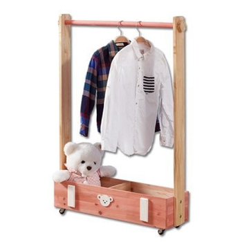Children's solid wood hanger bedroom pine coat hanger can move floor-to-ceiling hanger clothes rack