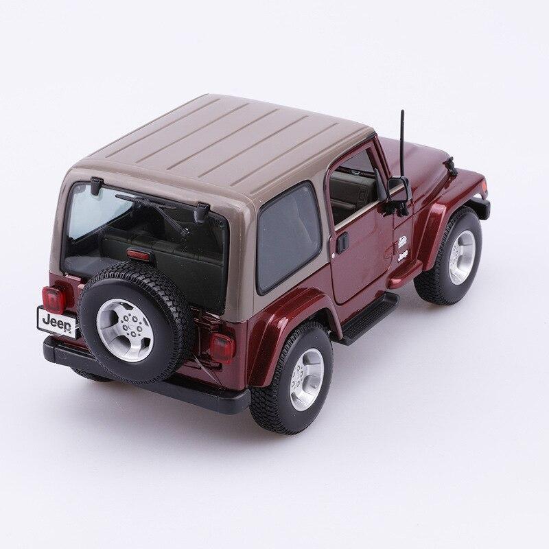 Maisto 1: 18 Model Alloy Car Model Jeep Wrangler Sahara Car Model Original Factory Collection Gift Decoration