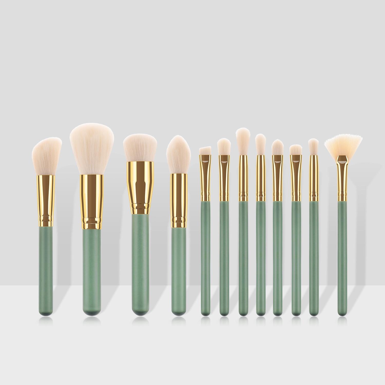 12pcs  Makeup Brushes Set Cosmetic Foundation Powder Blush Eye Shadow Lip Blend Wooden Make Up Brush Tool Kit Maquiagem Nylon
