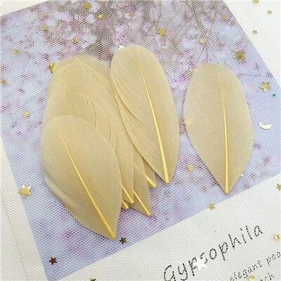 Натуральные гусиные перья 4-8 см, многоцветные белые перья, поделки своими руками, украшения для свадебной вечеринки, аксессуары, 50 шт - Цвет: light coffee 50pcs