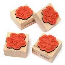 4pcs DIY Sweet Flowers Set Diary Scrapbook Floral Decoration Wooden Rubber Stamp gsfy 40pcs set happy life diary girl cute cartoon mounted rubber stamp wooden box