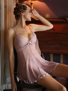 Image 5 - 귀여운 여성 잠옷 레이스 백 보우 슈퍼 섹시한 메쉬 원근법 Nightdress 유혹 중공 깊은 V 슬리핑 드레스