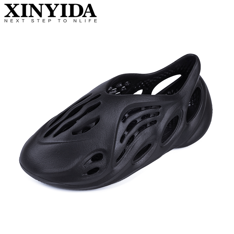 High Quality Summer Men Clogs Slip On Breathable Water Beach Sandals Jelly Shoes Valentine Garden Yee Home Shoes Men Foam Runner