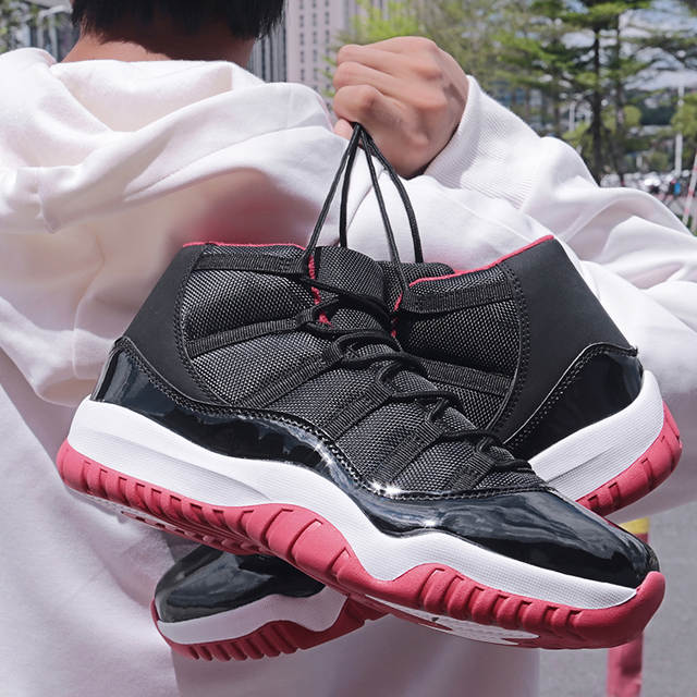 New Releases Men AJ 11 Retro 6,13,4 Basketball Shoes JD Sneakers Outdoor All Black Sports Retro Star Designer Trainers
