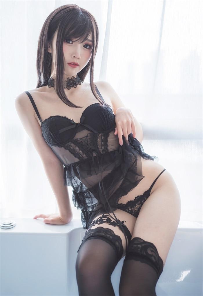 ★网红★面饼仙儿–脑内少女cos黑色束衣[13P/110MB]插图(2)