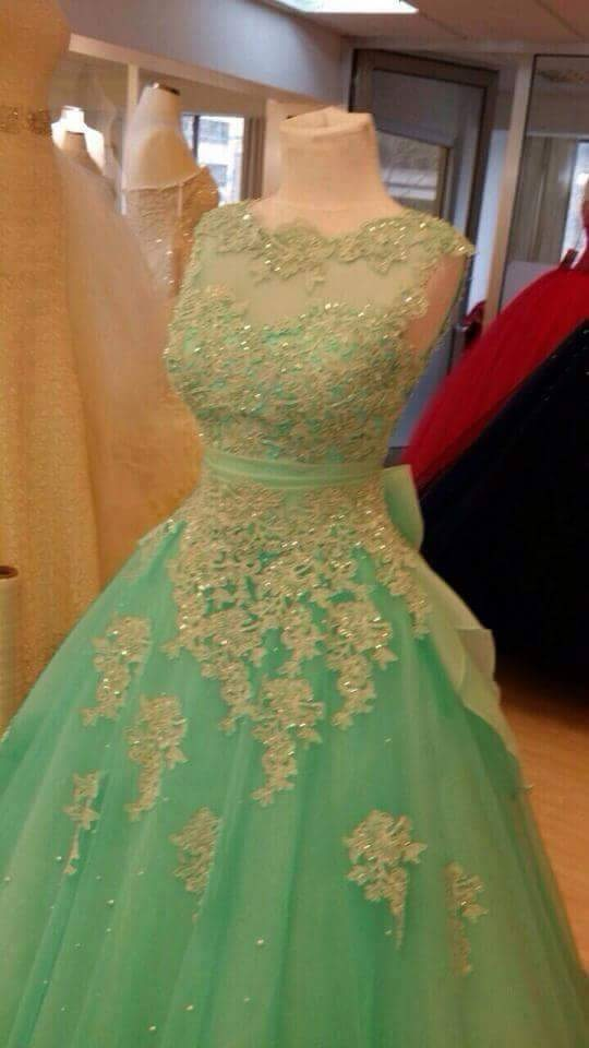 Delightful Green Lace Appliques Prom Gown Vestido De Festa Zipper Back Evening Party Gown With Bow Mother Of The Bride Dresses