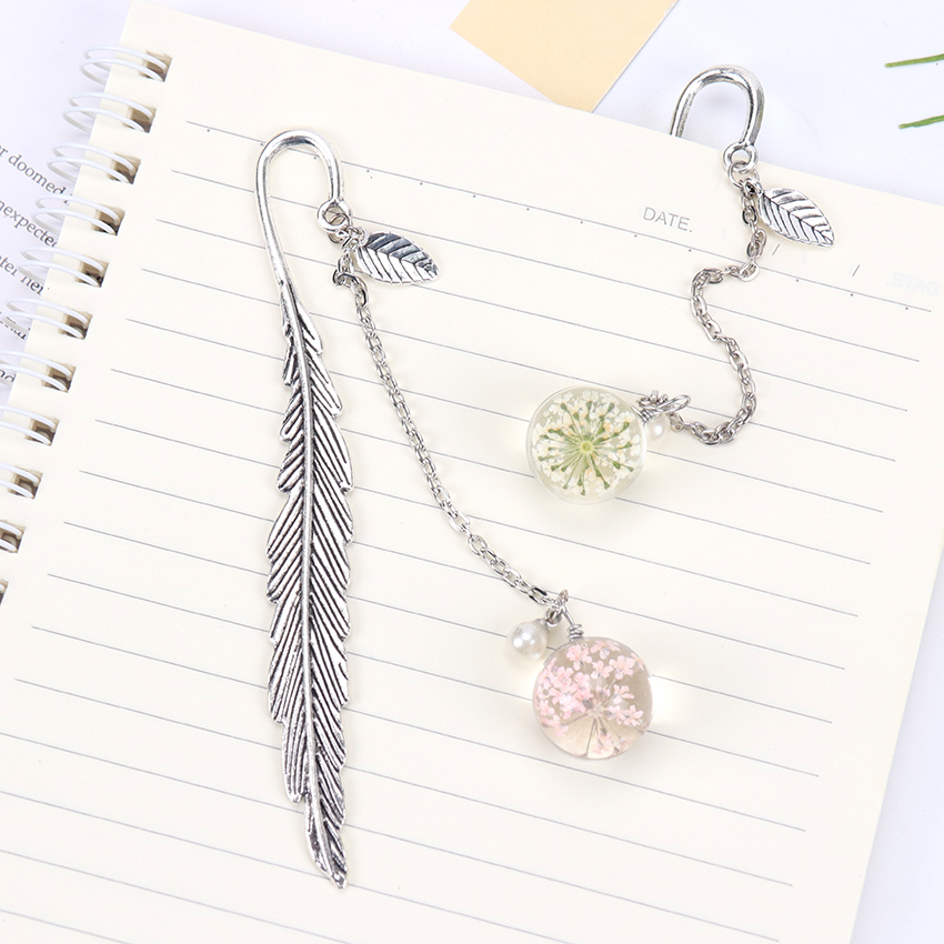 Creative Flower Specimens Feather Metal Pendant Bookmark Beautiful Cool Book Page Mark Student Stationery School Supplies