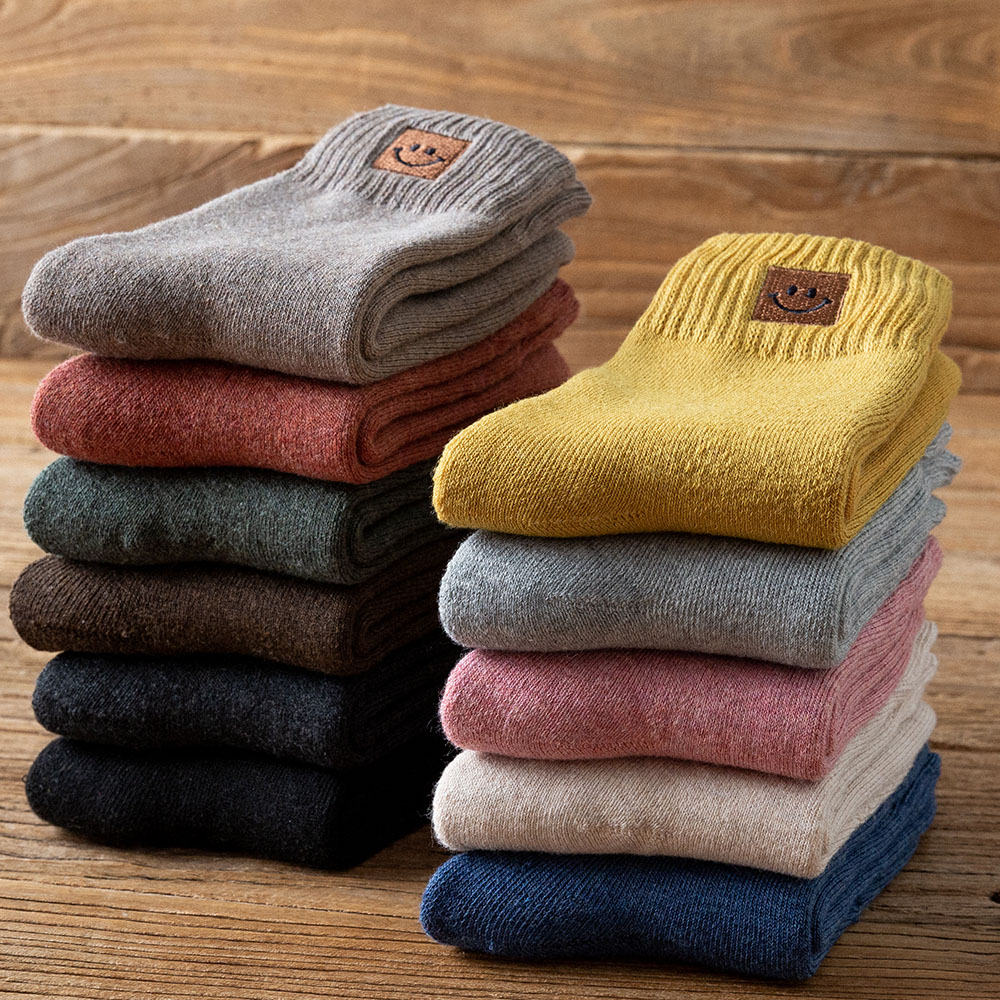 Women's Winter Thick Warm Solid Color Fashion Wool Socks High Quality Embroidery Smiley Casual Cotton Socks 5 Pairs