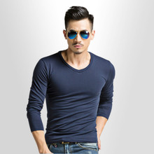 Fall and Winter Fashion Leisure/Large Mens Long Sleeve T-shirt/Tight Men