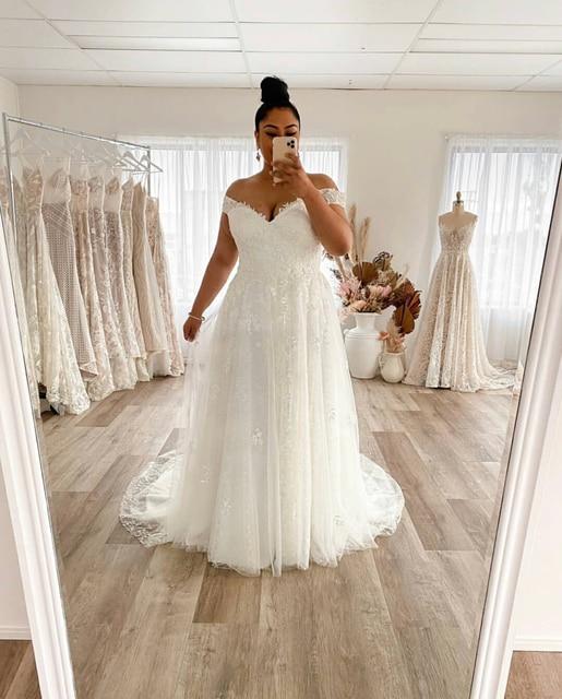 Wedding Dress Plus Size A-Line Off The Shoulder Lace Applique Tulle Backless Robe De Mariée Orienta Sweep Train Gown Custom Made 2
