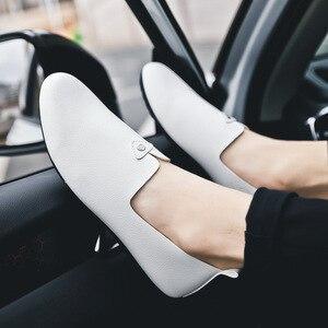 Image 3 - Moda concisa ocio hombres mocasines ligeros lisa, primavera otoño zapatos planos de conducción clásicos Soft ComfySlip en zapatos