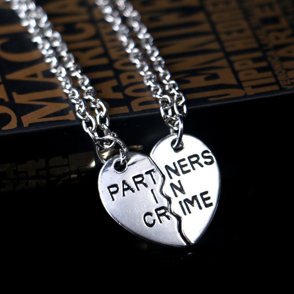 """2pcs /""""Partners in Crime/"""" Broken Heart Pendant Necklace Set Couple Friends BFF"""