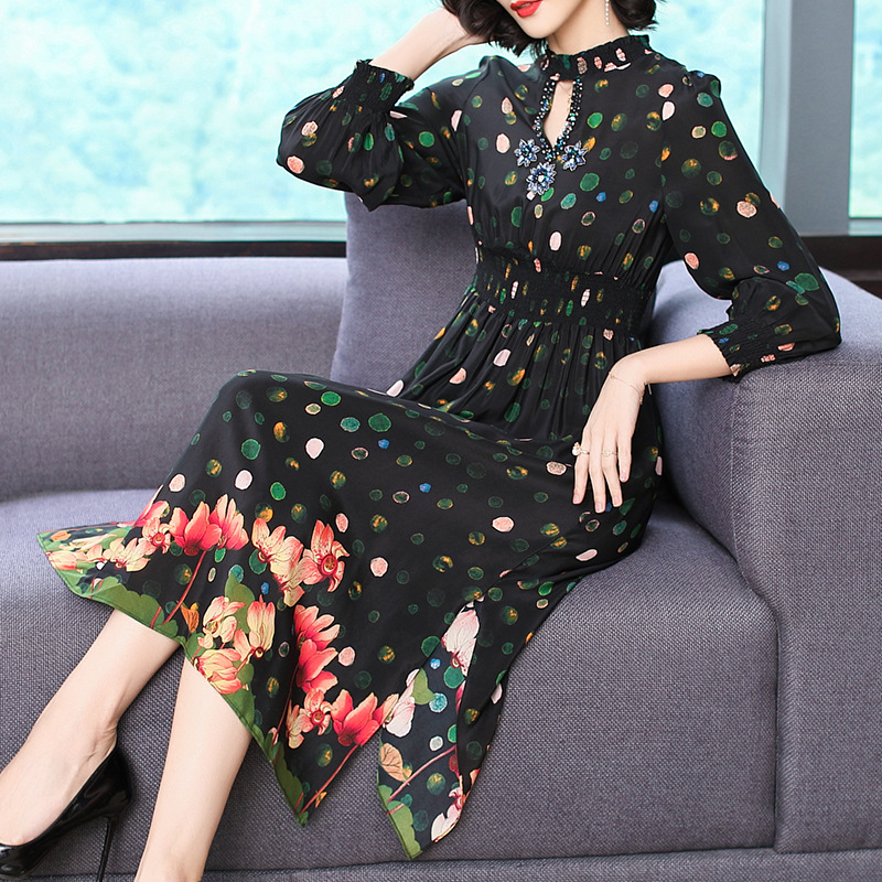 Silk Dress Women's 2019 Spring Elegant Elegant Fashion Beads Waist Hugging Slit Printed Medium-length Skirt