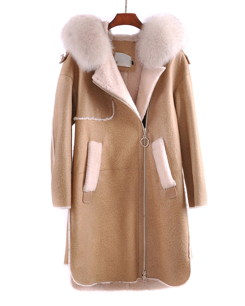 2018 Real Natural Sheepskin Coat With Fox Fur Hooded With Pockets Long Sleeve With Pockets Casual Style