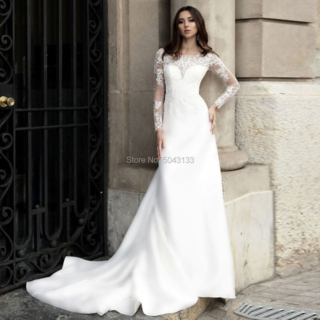 Romantic Satin & Lace Applique Long Sleeves Wedding Dresses Sheer Scoop Ivory Buttons Back Bride Wedding Gowns 2020 Vestidos