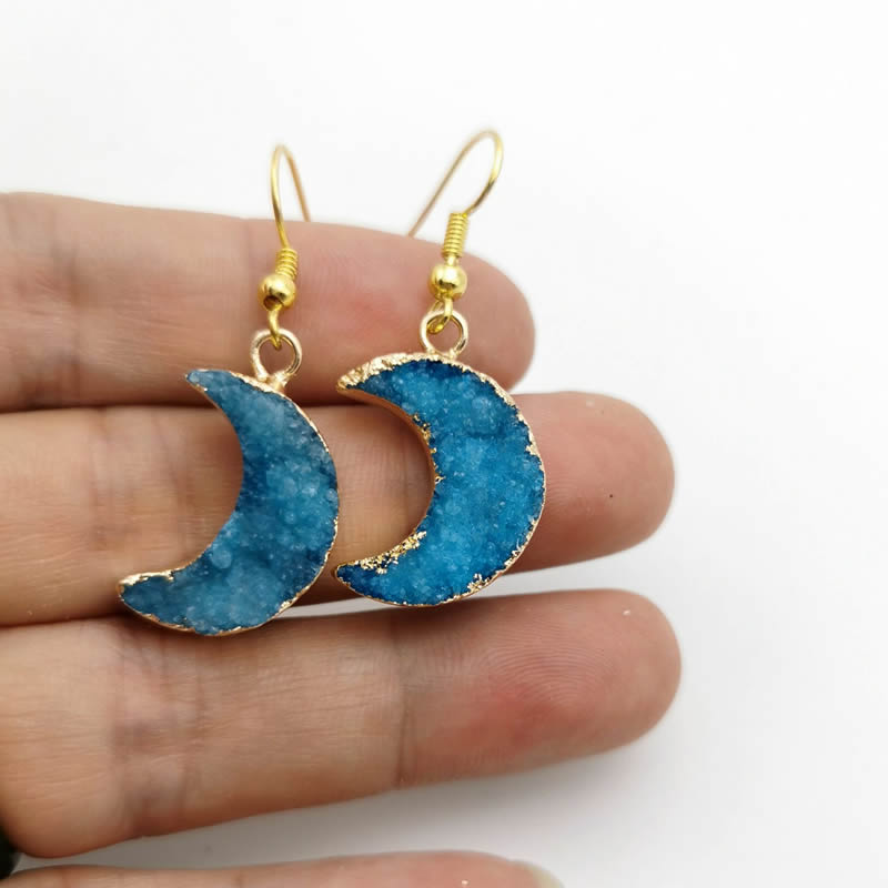 Natural Gold Moon Shape Blue Drusy Quartz Pendant Personality Earrings , Suitable For Women Gifts Free Delivery