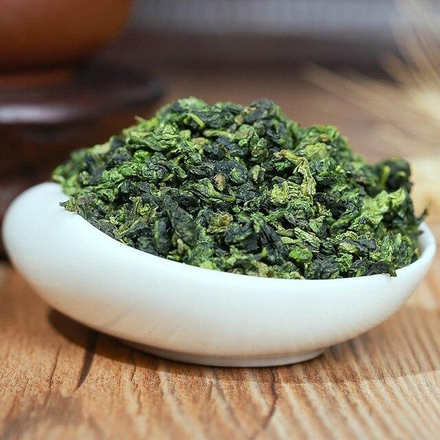 Oolong Tea Beauty Weight loss Lowering Blood Pressure High Mountains Oolong Tea Chinese Fresh Green Tea