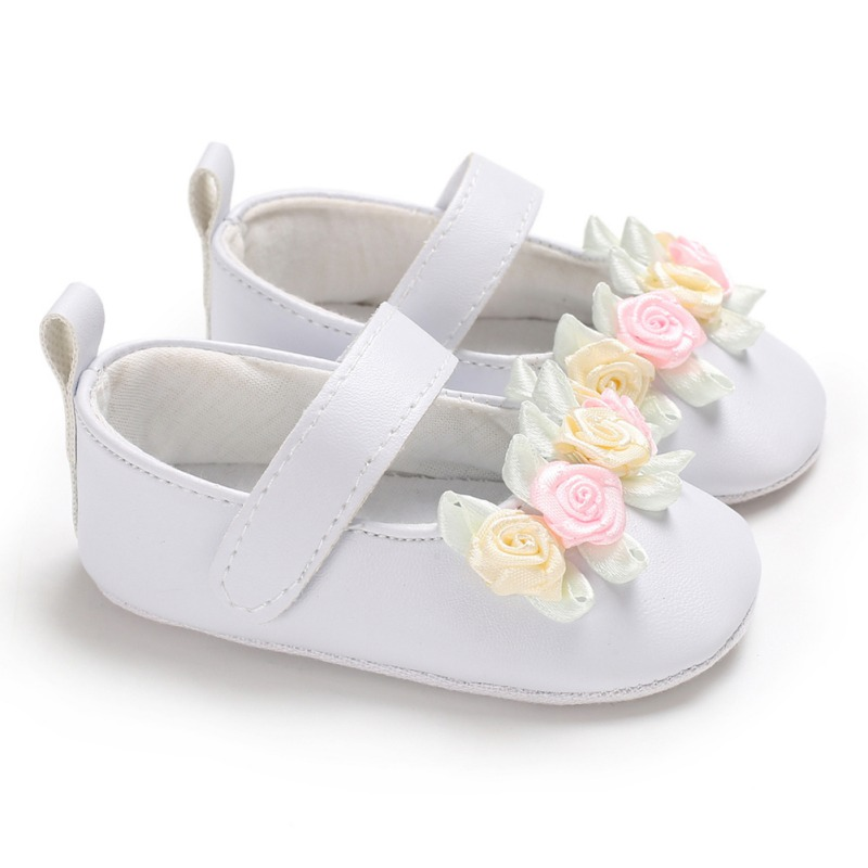 Spring Newborn Baby Girls Shoes Flower Leather Baby Shoes Anti Slip Soft Sole Newborn Girls Moccasins First Walkers