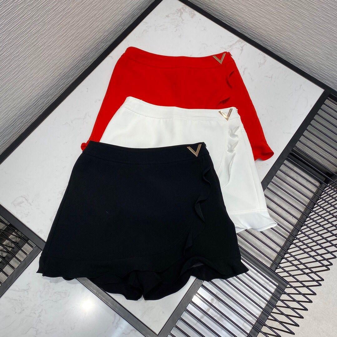 2020 new high-end luxury runway design skirt women ruffles metal V decoration zipper high waist sweet Korean short shorts 1