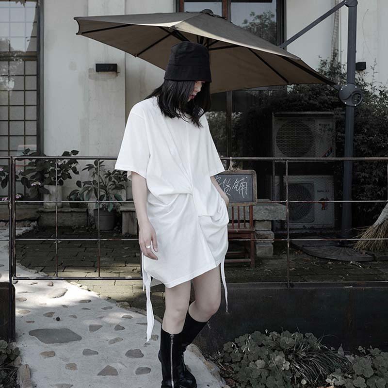 [EAM] Women White Pleated Split Big Size Long T-shirt New Round Neck Half Sleeve  Fashion Tide  Spring Summer 2020 1W296 5