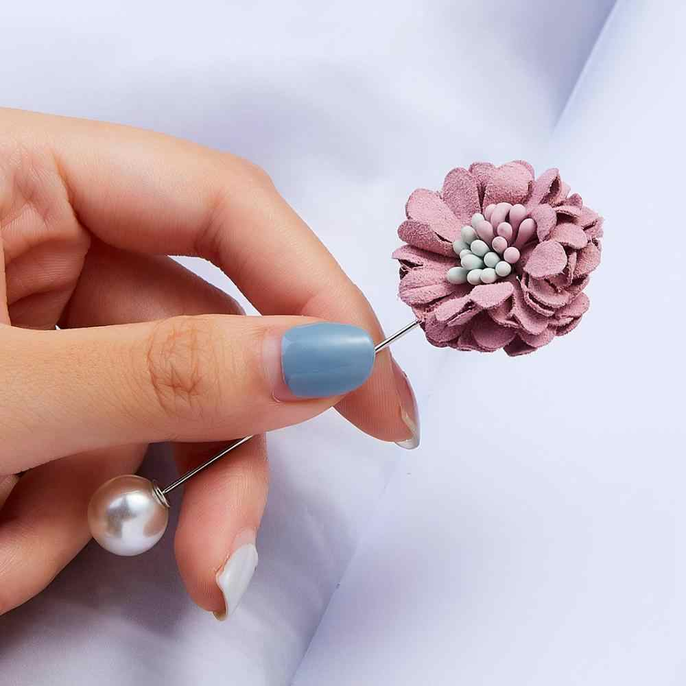Fashion Pearl Colored Camellia Chrysanthemum Cloth Flower Word Pin Brooch for Women Flower Cardigan Badge Brooch Jewelry Gifts