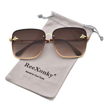 2019 Gold Bee Oversized Square Sunglasses Women Vintage Glasses  Metal Frame Gradient Shades For Woman Travel Essential Sunglass