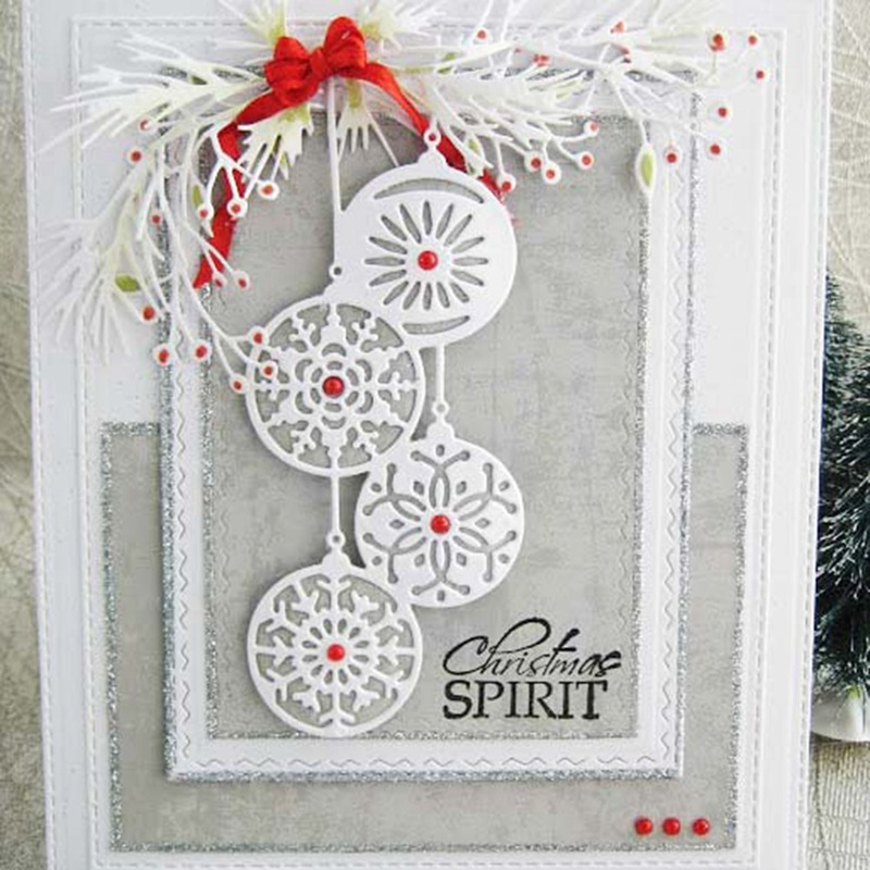 Snowflake Chain <font><b>Die</b></font> <font><b>Christmas</b></font> Scrapbook Craft <font><b>Dies</b></font> Metal <font><b>Cutting</b></font> <font><b>Die</b></font> 3D Stamp DIY Scrapbooking Card Making Photo Decor image