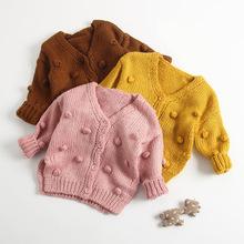 Dziewczęcy sweter wełniany płaszcz dla dziewczynki 3D Pom Pom Decor sweter dla dziewczynki jesienno-zimowy sweter dla dziewczynki tanie tanio Na co dzień COTTON Poliester Mikrofibra Pełna REGULAR Pasuje prawda na wymiar weź swój normalny rozmiar Przycisk AH613-K