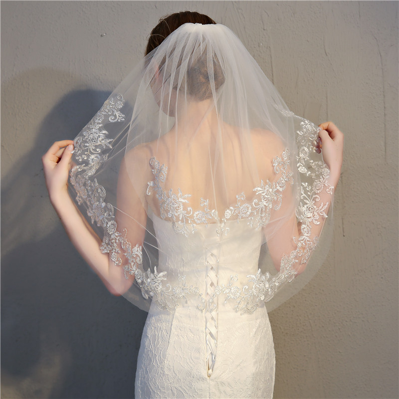 NEW Short Wedding Veil Embroidered Glitter Silver Wire Floral Lace Trim 2 Tier Appliqued Bridal Mesh Veil With Comb Bridal Veil