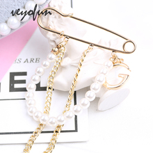 Veyofun Trendy Pin Mix Letter Chain Pearl Brooch for Women Fashion Jewelry Accessories New trendy rhinestoned faux pearl brooch for women