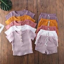 Комплект летней одежды для маленьких мальчиков и девочек, однотонная Повседневная футболка с коротким рукавом и шорты, комплект детской од...