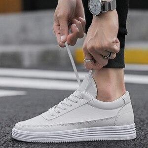 Image 5 - Mężczyźni biały płaskie buty sznurowane wygodne skórzane Sneaker dla mężczyzn Tenis Masculino Adulto najwyższej jakości mężczyźni koreańskie buty nieformalne
