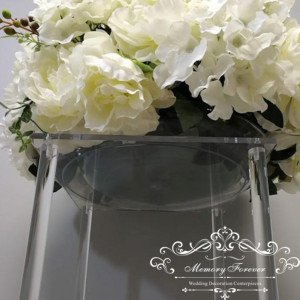 Image 2 - Wholesale Acylic Floor Vase Clear Flower Vase Table Centerpiece Marriage Modern Vintage Floral Stand Columns Wedding Decoration