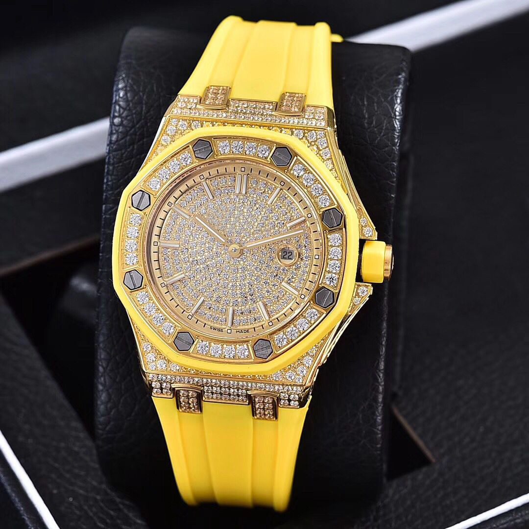 Full diamonds yellow gold Iced out watch 37mm szie women watch quartz ladies watches gold case red dial rubber strap