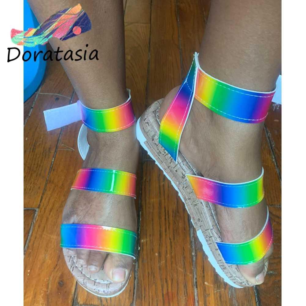 Doratasia Groothandel Big Size 35-43 Vrouwelijke Zomer Multi Color Platform Sandalen Regenboog Ins Sandalen Vrouwen Mode Schoenen Vrouw