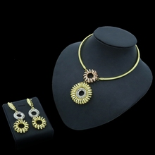 Yulaili 2019 New Fashion Dubai Gold Jewelry Sets for Women Tricolor Round Charm Choker Dangle Earrings Anniversary Gifts Bijoux