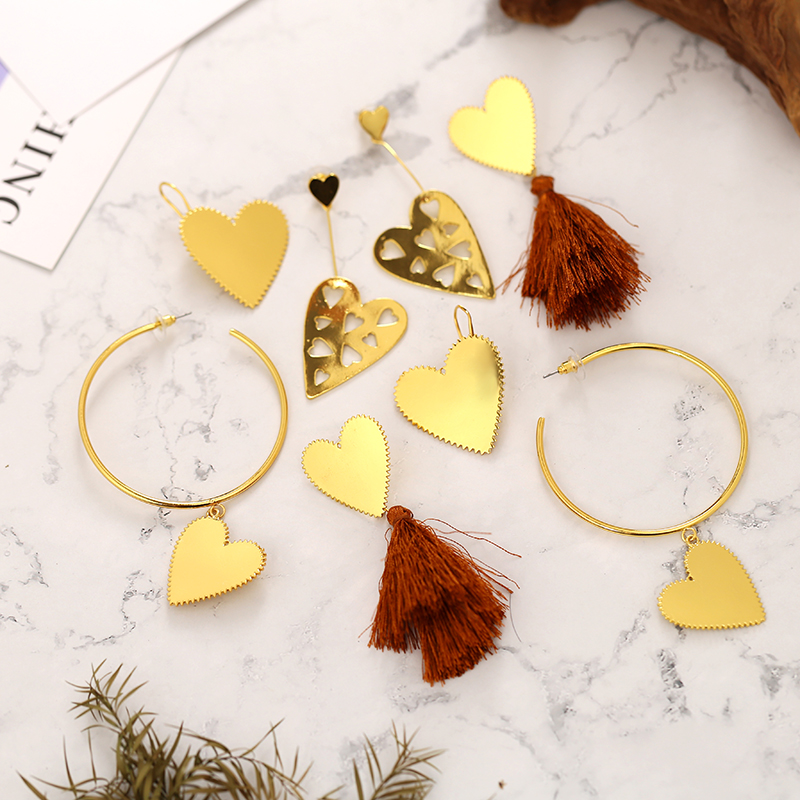 Customized New Design Gold Color Brown Tassel Serrated Heart Dangle Earring Gold Color Hollow Heart Big Hoop Earrings For Women